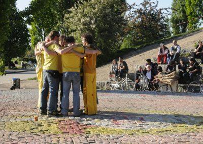 friedvolle-walpurgisnacht-im-mauerpark_5675172991_o