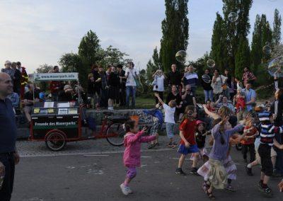 walpurgisnacht-im-mauerpark_6992377600_o