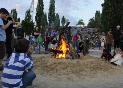 walpurgisnacht-im-mauerpark_6992377684_o