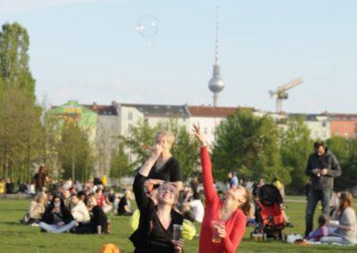 walpurgisnacht-im-mauerpark_7138457973_o