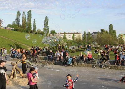walpurgisnacht-im-mauerpark_7138458619_o