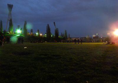 walpurgisnacht-im-mauerpark_8697536551_o