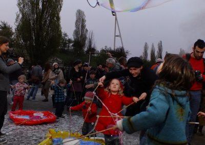 walpurgisnacht-im-mauerpark_8697536759_o